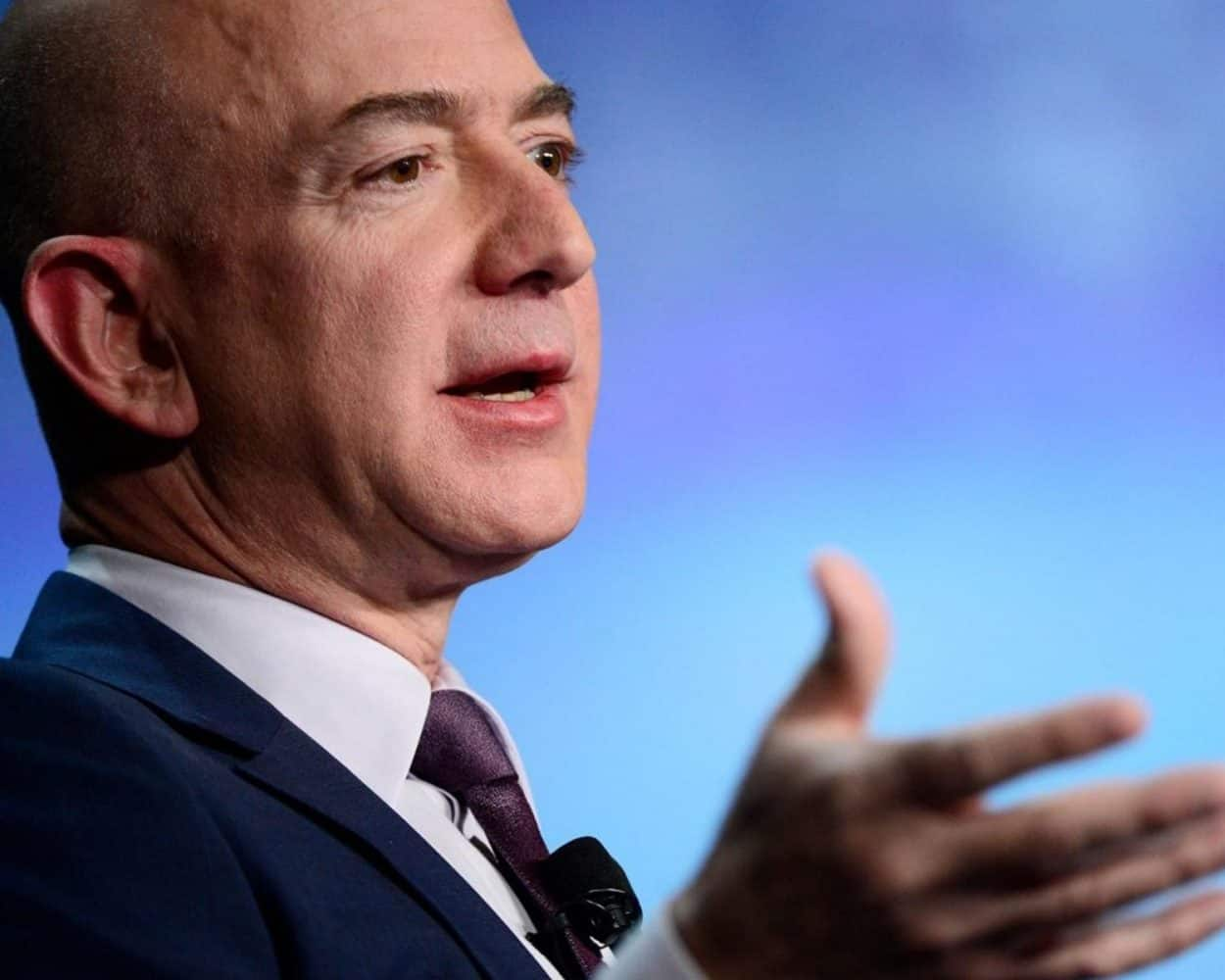 Jeff Bezos' Decision-Making Secrets (And How They Impact Your Time Management)