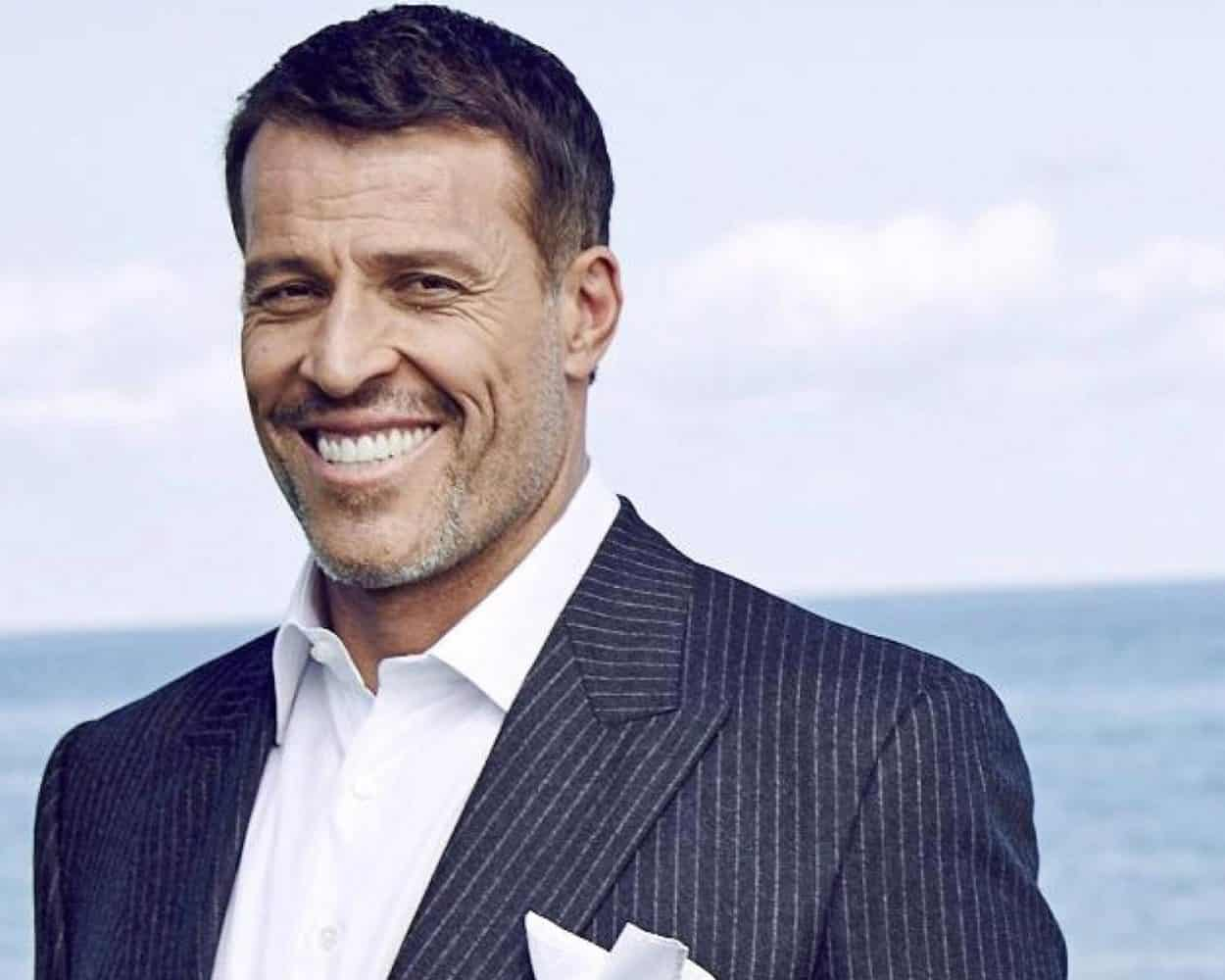 Tony Robbins' Best Advice to Salespeople